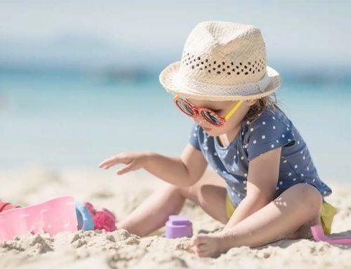Tengerparti nyaralás gyerekekkel – erre figyeljünk